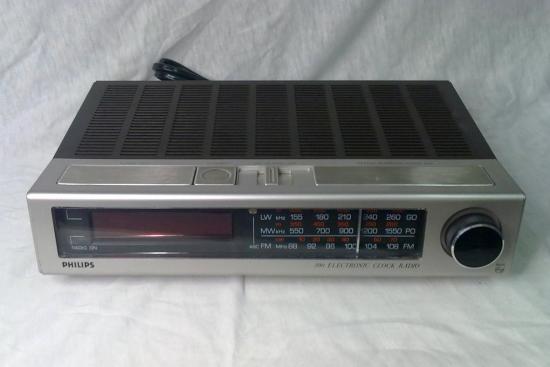 Radio-Reveil 90AS390 PHILIPS - Année 1980