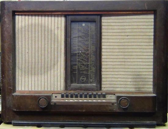 Radio Aachen-Super D63 PHILIPS - Année 1939