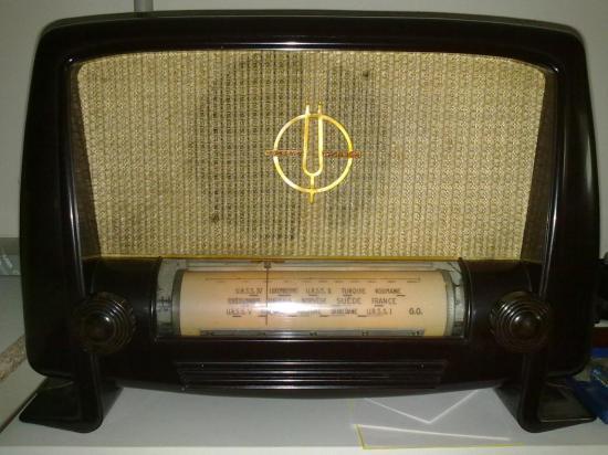 Radio L124  Ducretet Thomson - Année 1952